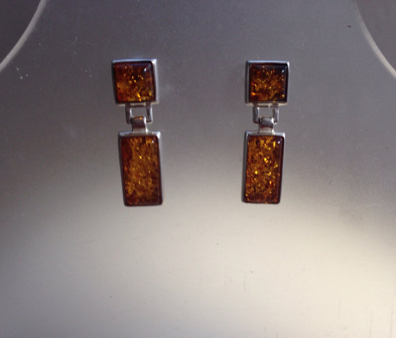 Beautiful hanging Baltic Amber earrings